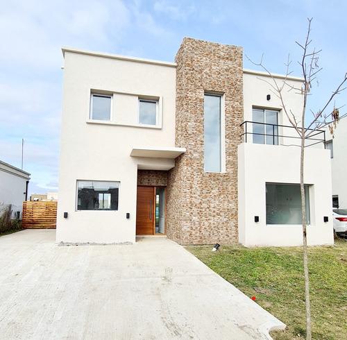 Imagen 1 de 14 de Casa Vila Marina Villanueva  Amarra Lista A Estrenar Financi