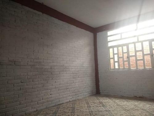 Casa En Venta Para Remodelar Col. Palmitas, Iztapalapa, Documentación En Orden, Libre De Gravamen