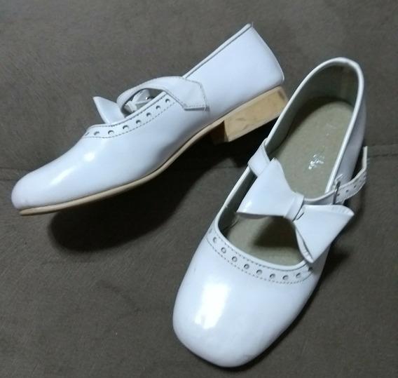 Sapato Feminino Social Couro Daminha Infantil Branco Laço 28