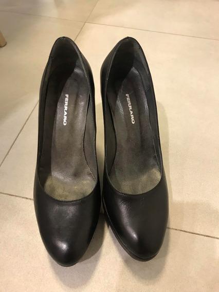 Zapatos Negros Ferraro N°35