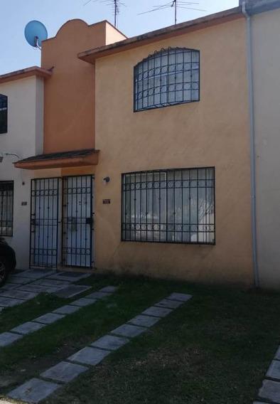 Renta De Casa En Av. Real Del Bosque, Fracc. Real Del Bosq