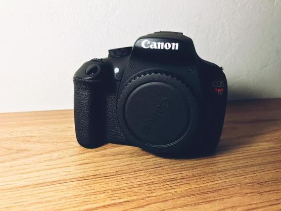 Câmera Canon T5 + Lente 18-55mm Usada