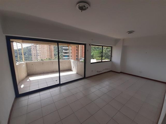 Apartamento En Venta En El Parral Valencia 20-454 Polo