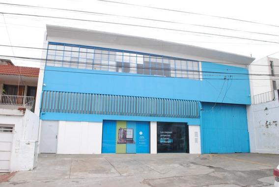 Galpon En Alquiler Rosario Barrio Sarmiento.