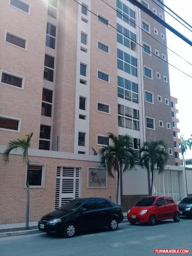 Apartamentos En Venta Urbanización La Soledad 04143446867