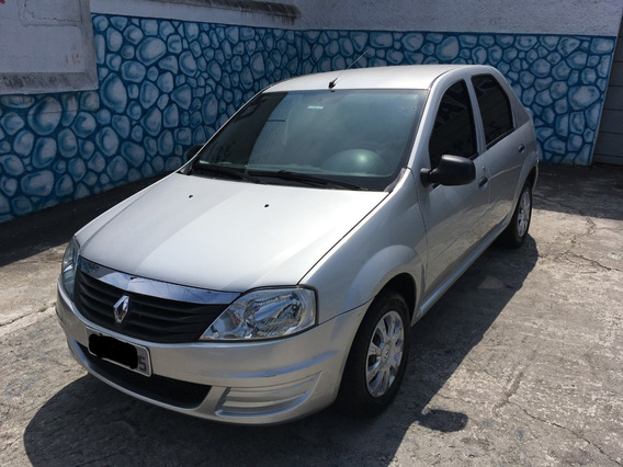 Renault Logan Authentique 1.0 16v 2011 Único Dono Baixa Km