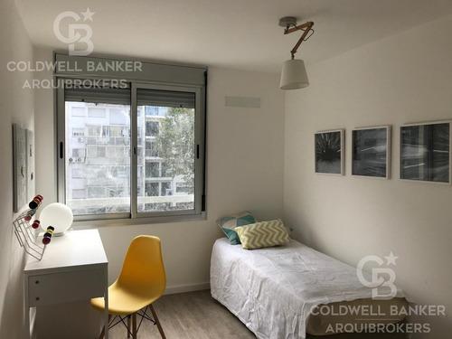 Apartamento Penthouse De 3 Dormitorios En Venta En Cordón
