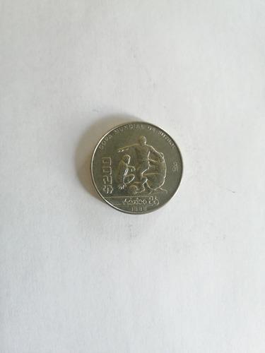 Imagen 1 de 3 de Moneda $200 Conmemorativa Del Mundial De Fútbol México 1986.