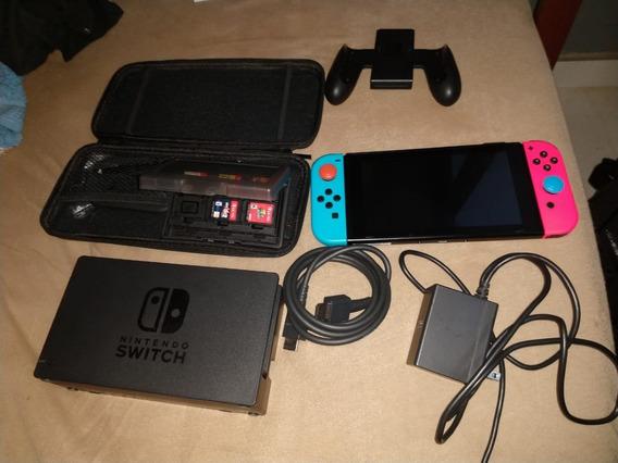 Vídeo Game Nintendo Switch Acompanhado De Cinco Jogos!!