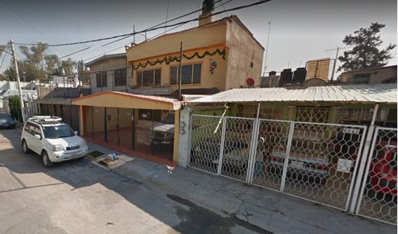 Casa En La G.a.m.