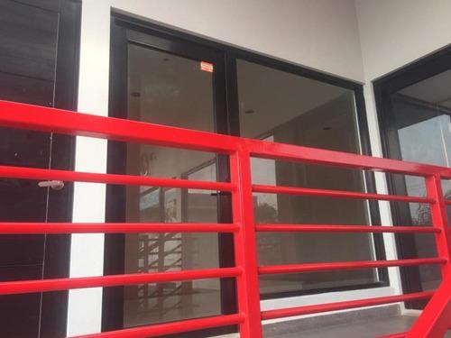 Imagen 1 de 5 de Local Comercial En Renta Unidad Nacional