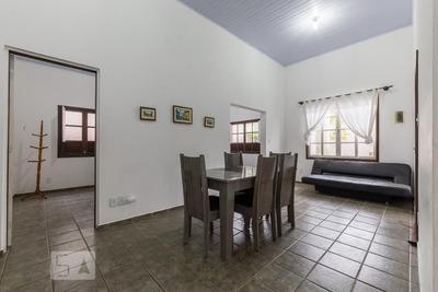 Casa Mobiliada Com 3 Dormitórios E 5 Garagens - Id: 892935116 - 235116