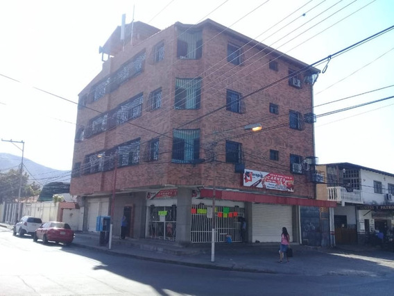 Apartamento En Alquiler La Cooperativa 04141291645