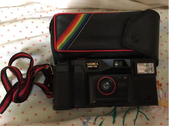 Máquina/ Câmera Fotográfica Yashica Antiga