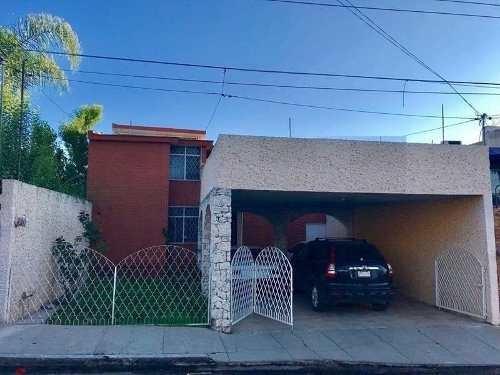 Casa Sola En Venta Fracc Lomas Del Parque
