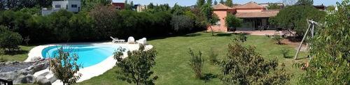 Alquiler De Casa Amueblada 4 Ambientes Con Pileta Y Galería En Santa Teresa Villanueva Tigre