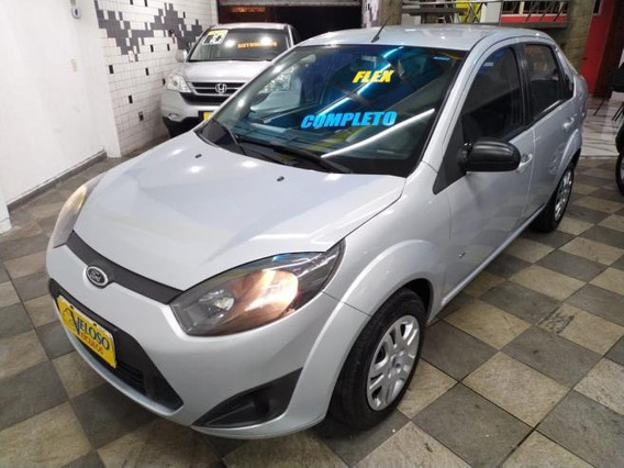 Ford Fiesta Sedan Se (flex) 2014 S/entrada R$ 699