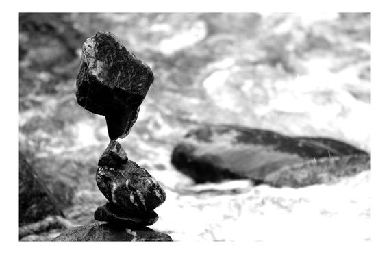 Piedras En Equilibrio Láminas Para Enmarcar (arte De Autor)
