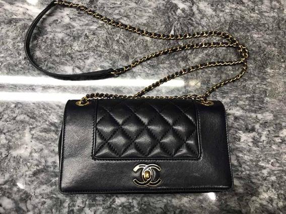 Bolsa Chanel Azul Marino. Original, Usada, Cadena Dorada