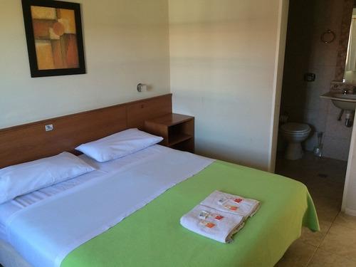 Imagen 1 de 10 de Hotel En Venta 16 Hab- Muy Buena Ubicación Colon Entre Ríos