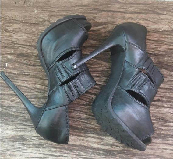 Sapato Preta Feminino, Usada. Promoção!!!