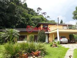 Linda Casa Linear Com 3 Quartos Sendo 1 Suíte Em Teresópolis. - Ca00396 - 32215259