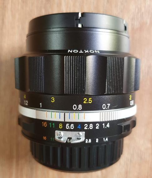 Lente Voigtlander 58mm F 1.4 (f-mount Lens/fx Format)