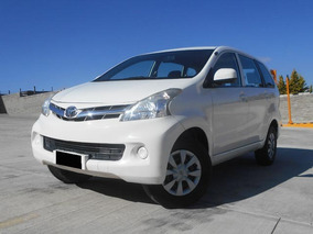 Toyota Avanza 1.5 Premium 99hp Mt 2015 Blanco