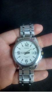 Reloj Casio Sumergible 50 Mts. Excelente Estado.