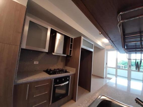 Apartamento En Venta En Las Chimeneas 20-1331 Ac