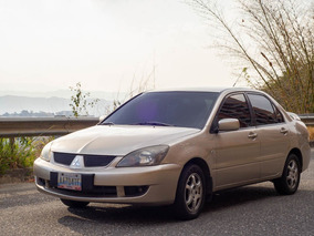 Mitsubishi Lancer Glx 2010