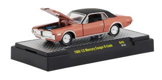 Miniatura Mercury Cougar 1/64 M2machines