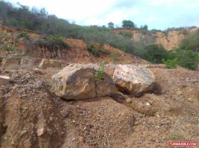 Terrenos En Venta Cumana. Tunantal 300m2