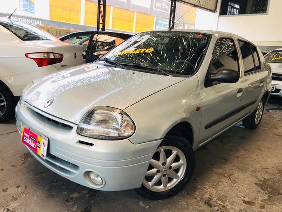 Renault Clio Sedan 1.0 2002