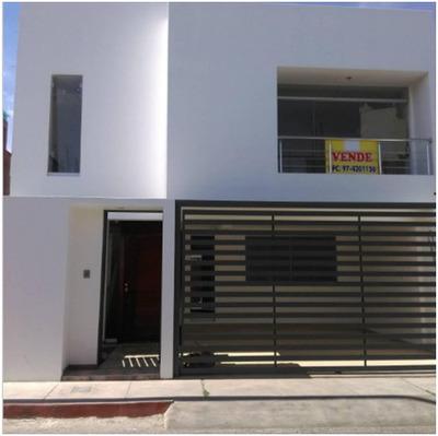 Vendo Hermosa Y Amplia Casa De Estreno En Urbanizacion