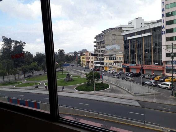 Arriendo Hermosa Y Amplia Oficina En El Norte De Quito