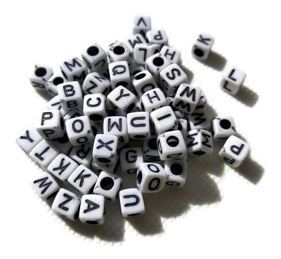 250 Gramos Letras Cubos Blanco Y Negro Economica Pulsera