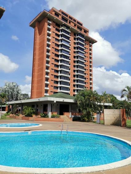 Se Vende Apartamento En C.r Leofling Plaza En Puerto Ordaz