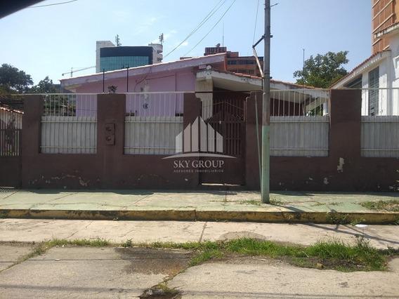 Terrenos Con Casa En Urbanización La Alegría (nancy)