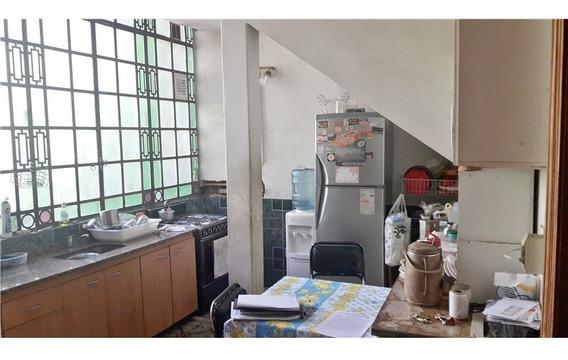 Venta Casa A Reciclar 4 Amb.- Villa Gral Mitre