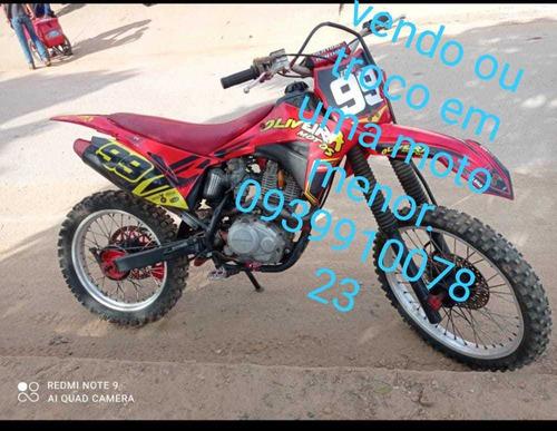 Imagem 1 de 1 de Honda Crf 230 Cilindrada