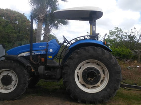Tractor New Holland 2013 .