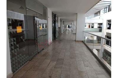 Rento Local Comercial Ideal Para Oficina O Despacho O Consultorio, En Plaza Jazz, Sonata, Lomas De Angelópolis