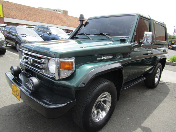 Toyota Land Cruiser 4500cc 4x4