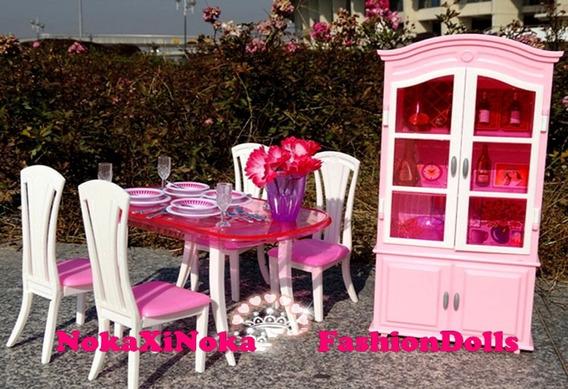 Sala De Jantar + Cristaleira Para Casa De Boneca Barbie