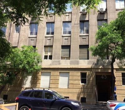 Departamento En Venta De 6 Dormitorios En Santiago