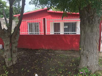 A Nueva, Casa A Tres Cuadras De La Playa!!!