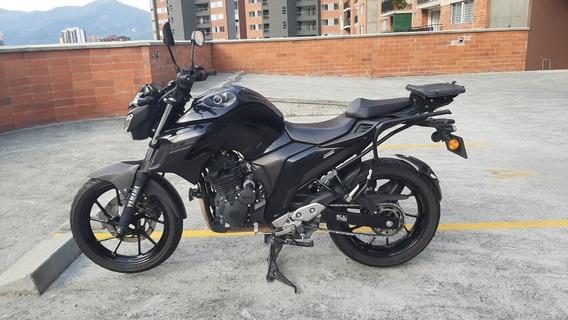 Moto Yamaha Fz25 - 2018 Negra