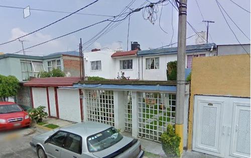 Imagen 1 de 10 de Hermosa Casa En Tlalnepantla