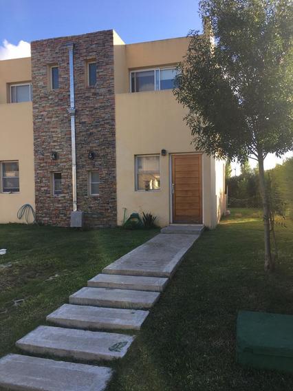 Duplex Barrio Privado Los Robles Monte Grande - 3 Ambientes